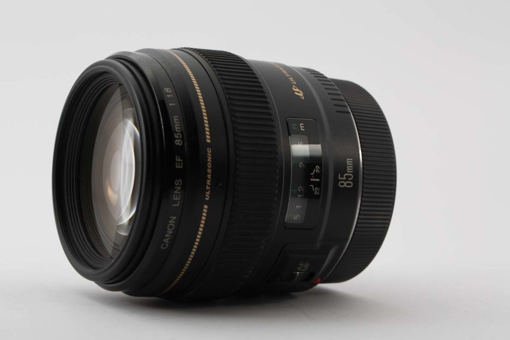 Canon EF 85mm 1.8