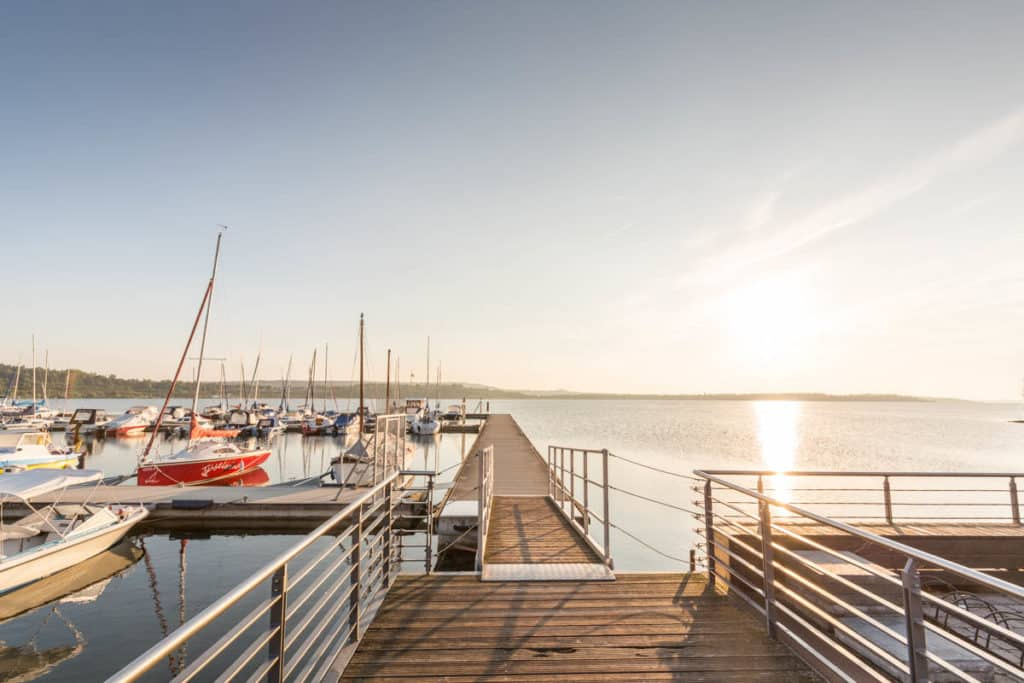 Marina Mücheln Bootsanleger